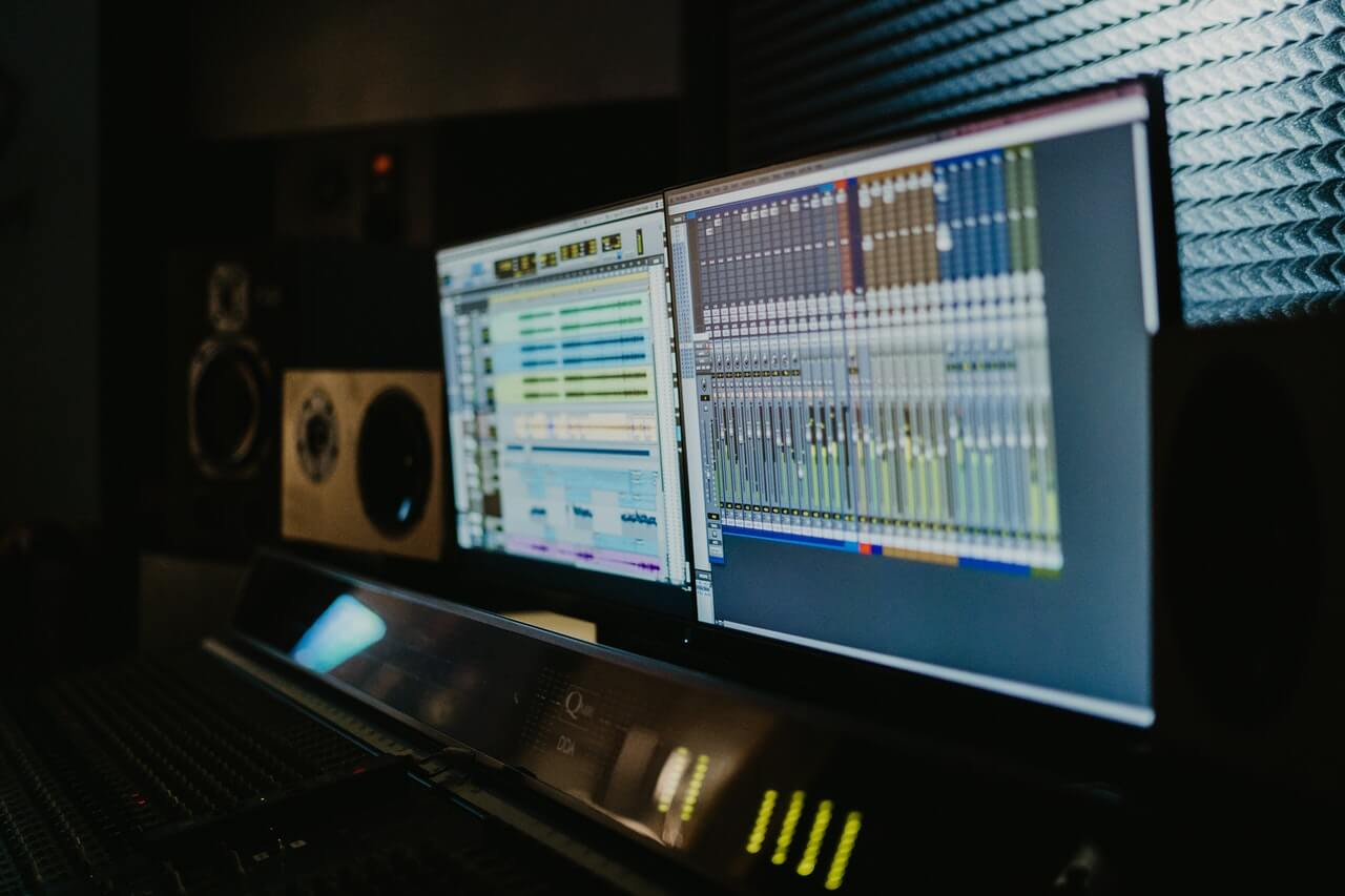 Finding The Best Vocal Compressor For Your Mix